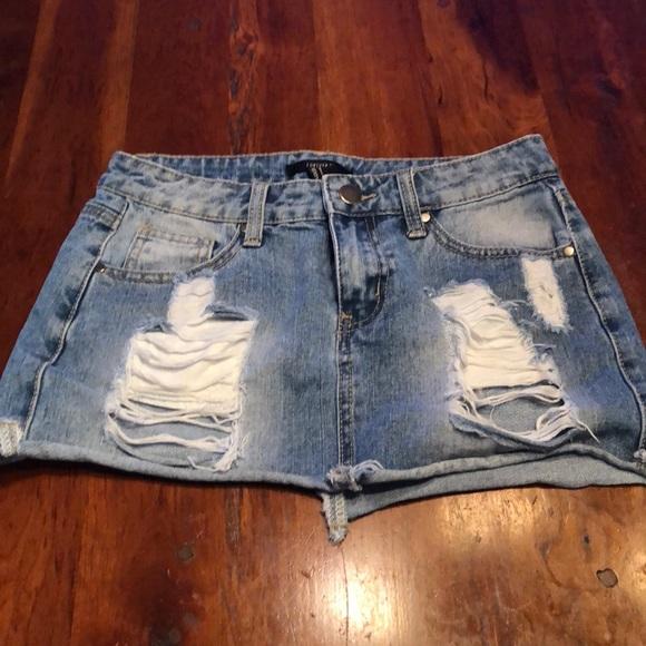 Forever 21 Dresses & Skirts - Forever 21 Distressed Denim VERY Mini Skirt